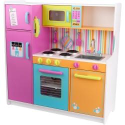 * Deluxe Big & Bright Kitchen
