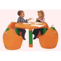 Mesa y 2 sillas Naranjas